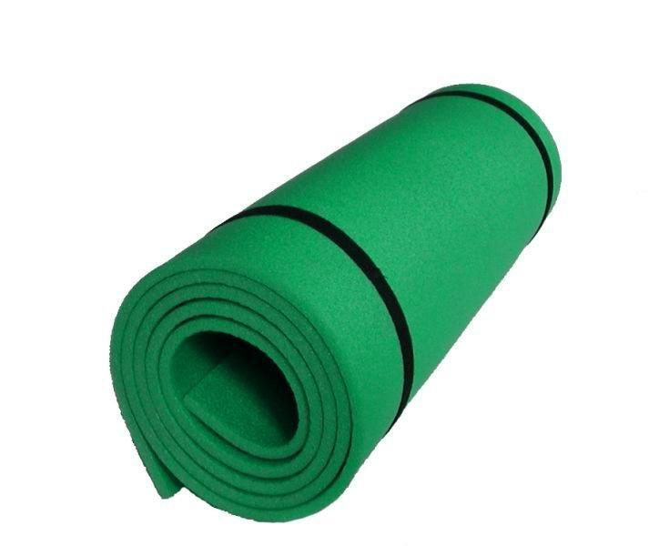 Zelená jednovrstvá pěnová karimatka - délka 180 cm, šířka 50 cm a výška 0,8 cm