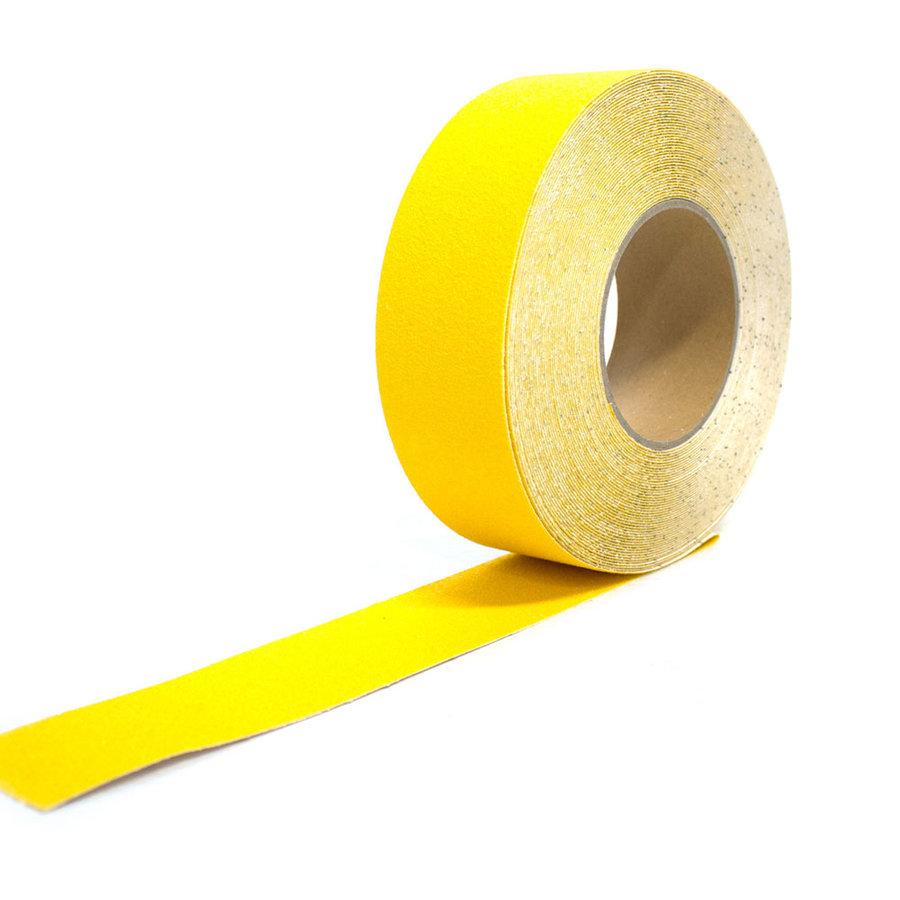 Žlutá korundová protiskluzová samolepící podlahová páska - délka 18,3 m a šířka 5 cm