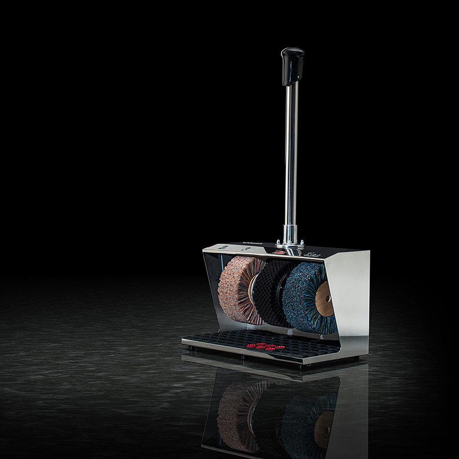 Stříbrný čistič bot Polifix 2, Heute