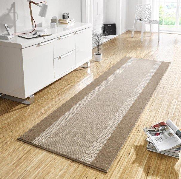 Šedý kusový koberec Basic - délka 500 cm a šířka 80 cm