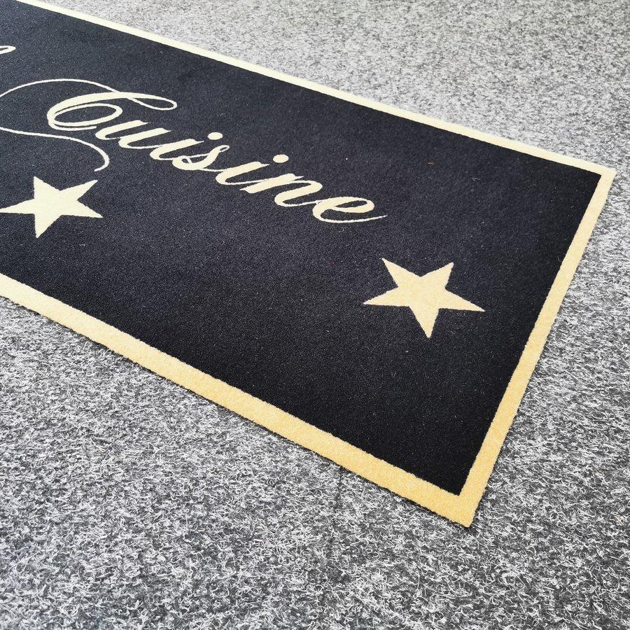Různobarevný kuchyňský koberec - délka 150 cm a šířka 50 cm