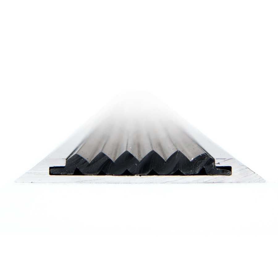 Černá hliníková schodová lišta s protiskluzovým páskem Antislip, FLOMAT - délka 400 cm, šířka 5,3 cm a výška 0,6 cm
