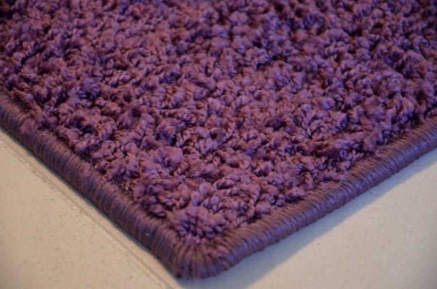 Fialový koberec Shaggy