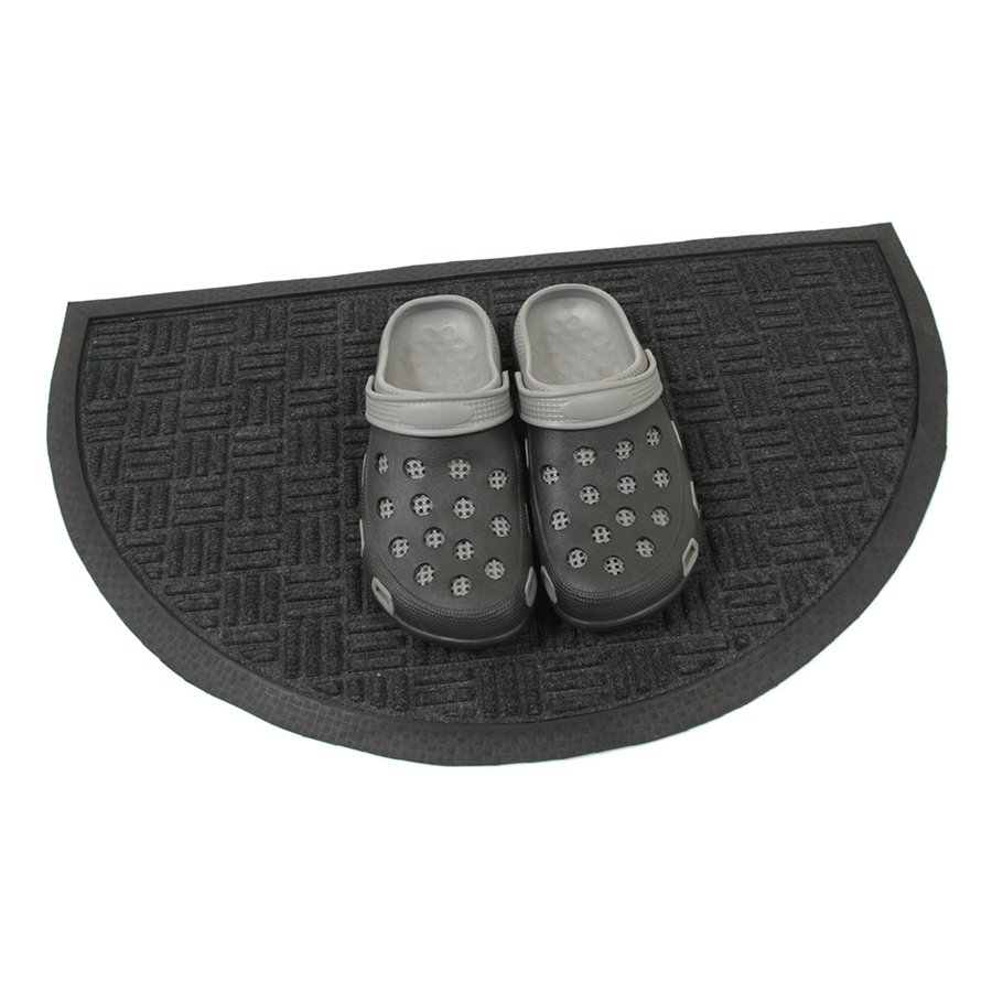 Černá textilní gumová vstupní čistící půlkruhová rohož Criss Cross, FLOMA - délka 45 cm, šířka 75 cm a výška 0,8 cm