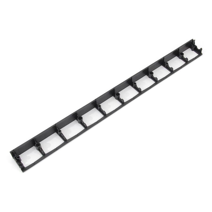 Černý plastový skrytý zahradní obrubník STELLA BORD - délka 100 cm, šířka 8 cm a výška 4,5 cm