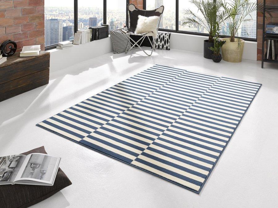 Modrý kusový moderní koberec Gloria
