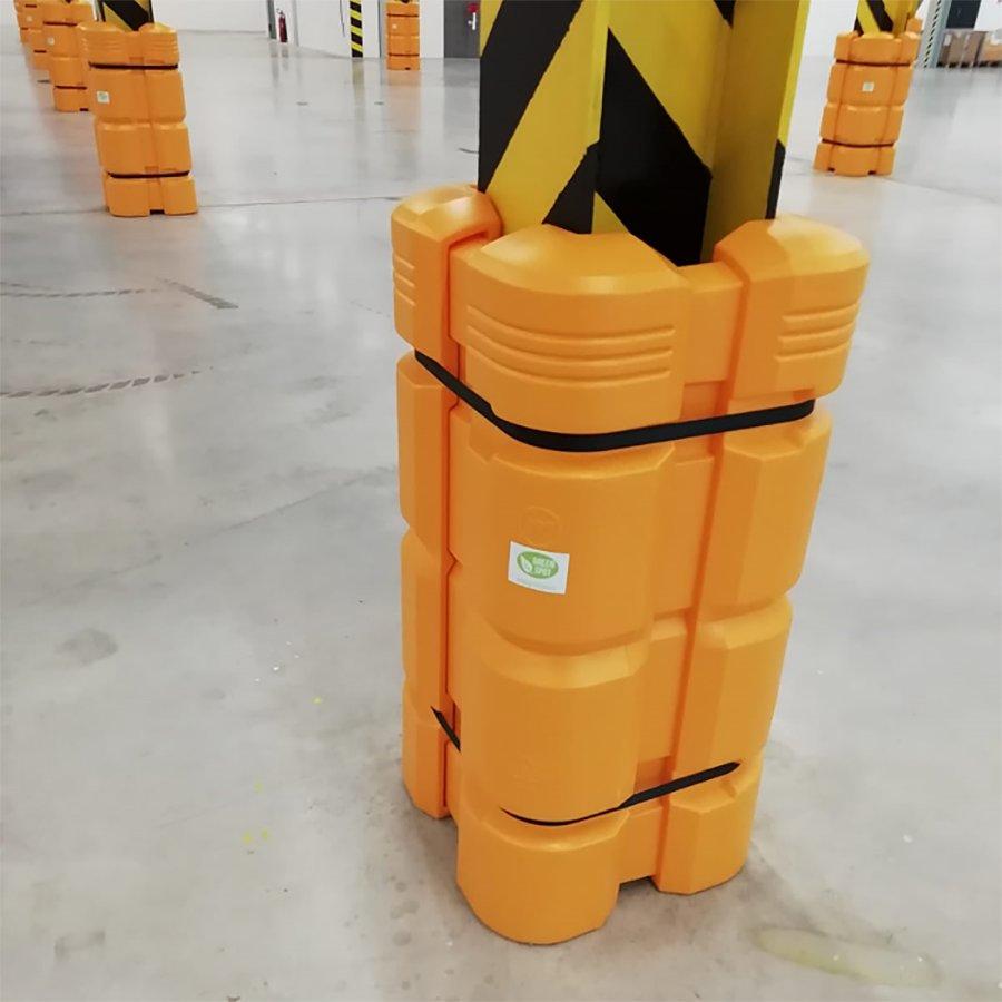 Žlutý plastový chránič sloupu McCue - šířka 45-55 cm, výška 110 cm a tloušťka 12,5 cm - 4 ks