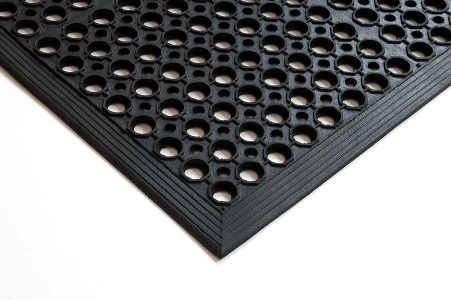Černá gumová průmyslová protiúnavová protiskluzová olejivzdorná rohož (75% nitrilová pryž) - délka 90 cm, šířka 60 cm a výška 1,4 cm