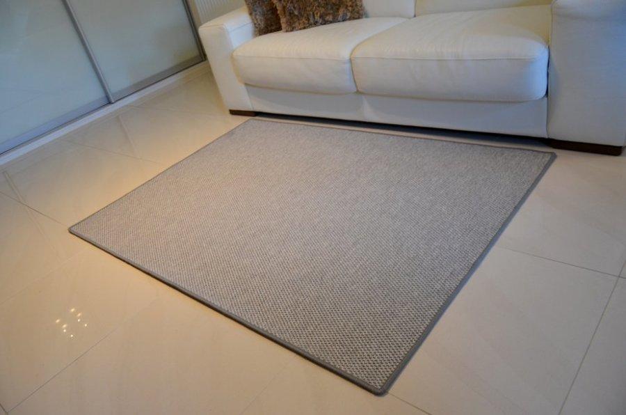 Šedý kusový kulatý koberec Nature