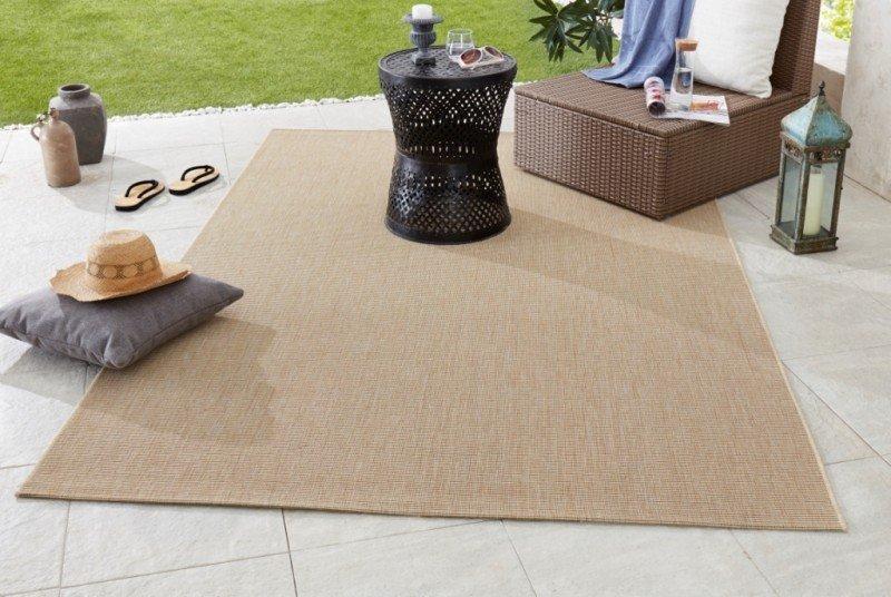 Béžový kusový koberec Meadow