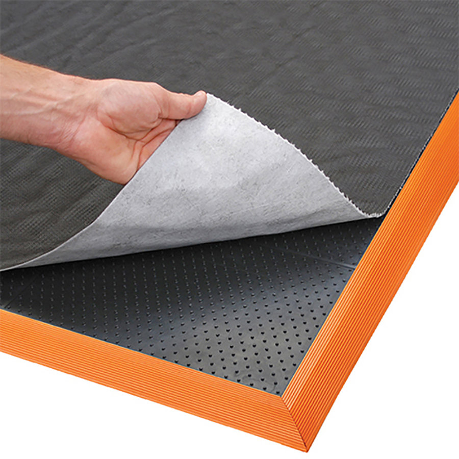 Černo-oranžová protiúnavová sorpční rohož Sorb Stance - délka 91 cm a výška 2,1 cm