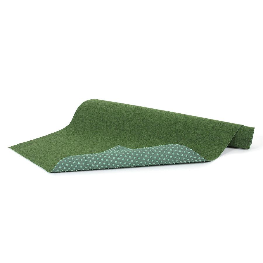 Zelený travní metrážový koberec Basic - délka 1 cm, šířka 200 cm a výška 0,4 cm