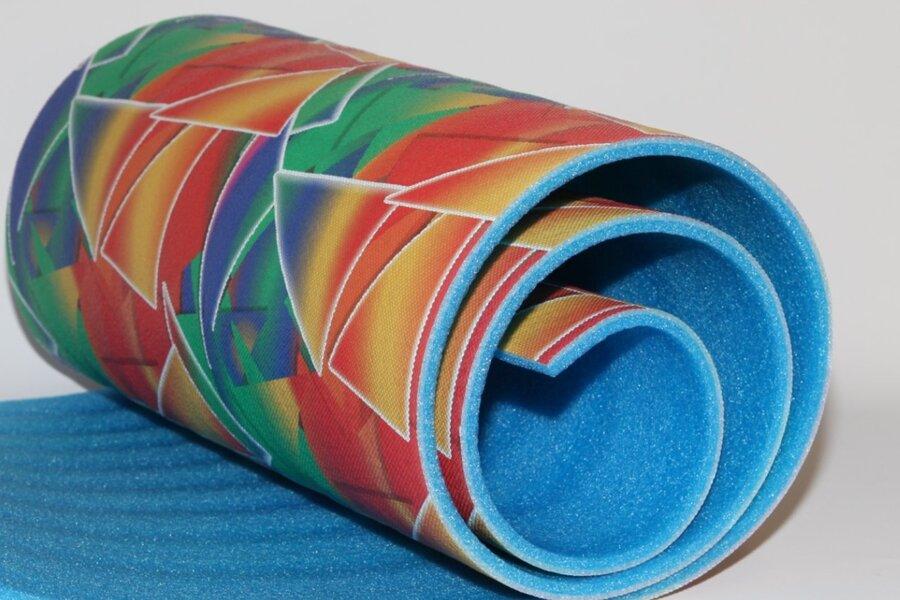 Modrá dvouvrstvá pěnová karimatka MASTER - délka 180 cm, šířka 50 cm a výška 8 cm