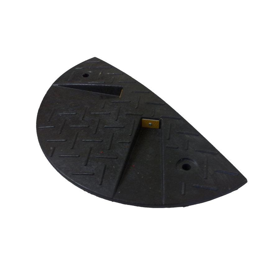 Černý plastový koncový zpomalovací práh - 30 km / hod
