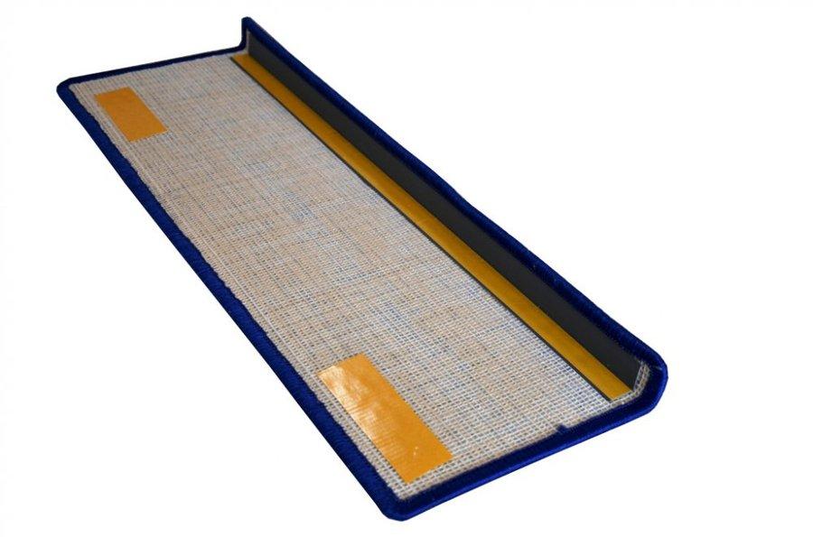 Modrý kobercový nášlap na schody Eton - délka 20 cm a šířka 65 cm