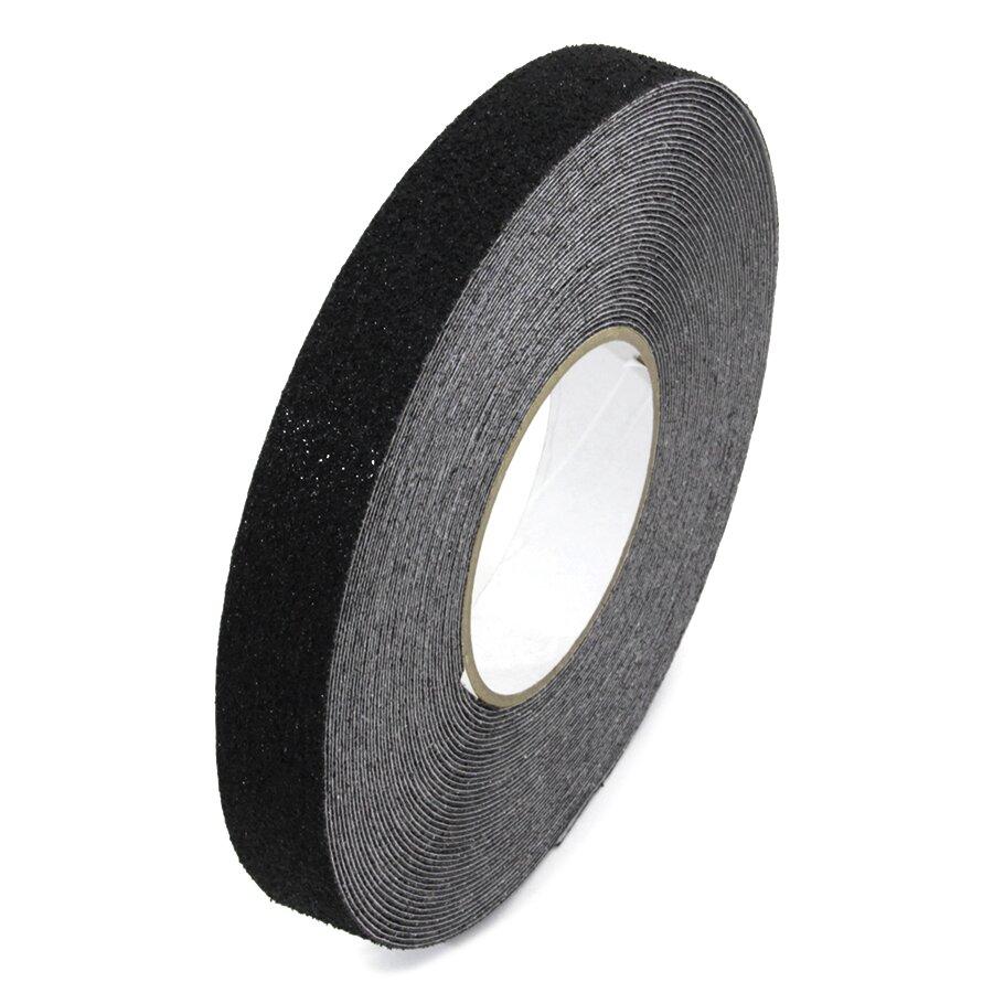 Černá korundová protiskluzová protiskluzová páska FLOMA Super - délka 18,3 m, šířka 2,5 cm a tloušťka 1 mm