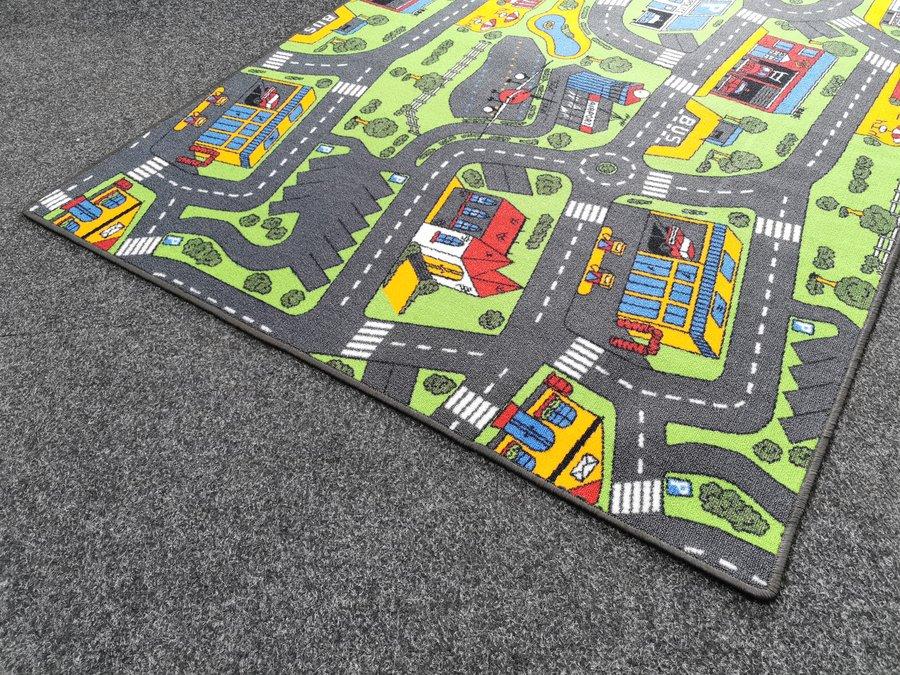 Různobarevný dětský kusový koberec Město - délka 200 cm a délka 150 cm