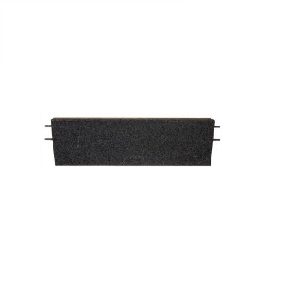 Černý rovný nájezd pro gumové dlaždice - délka 75 cm, šířka 30 cm a výška 4 cm