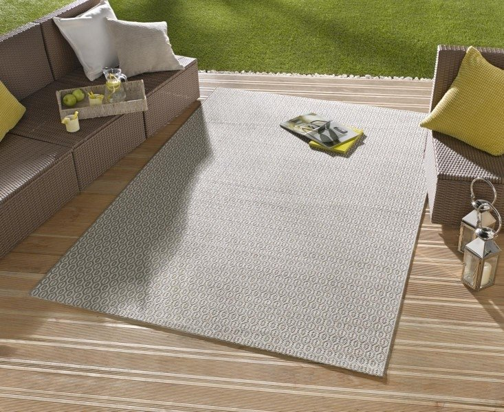 Hnědý kusový koberec Meadow