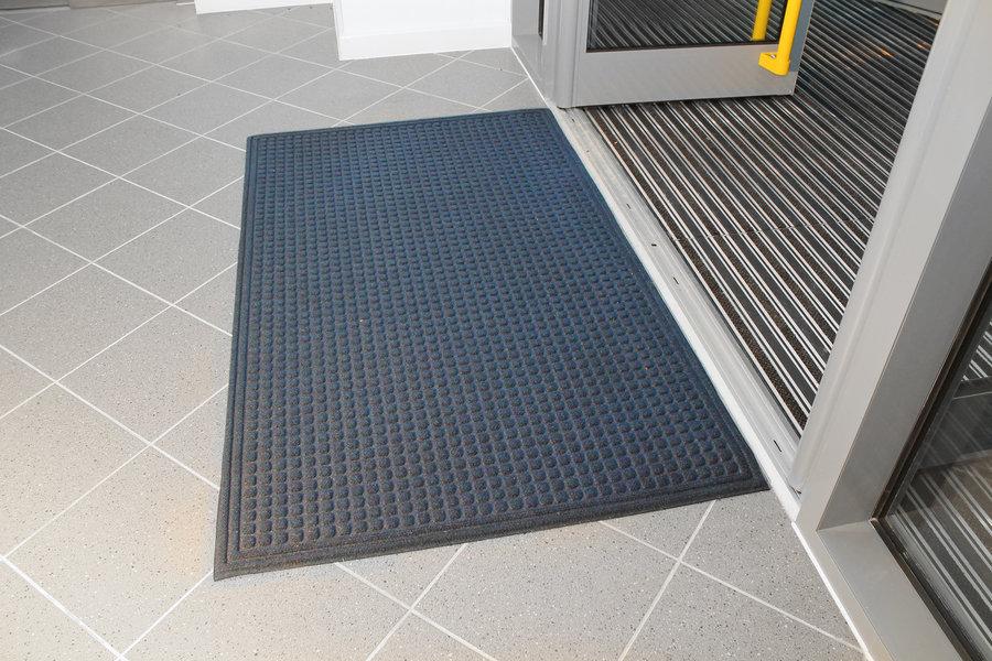 Modrá plastová vstupní vnitřní čistící rohož - délka 120 cm, šířka 180 cm a výška 1 cm