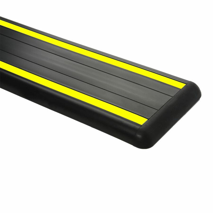 Černo-žlutý pryžový nárazový ochranný pás (svodidlo) - délka 300 cm, výška 15 cm a tloušťka 2 cm