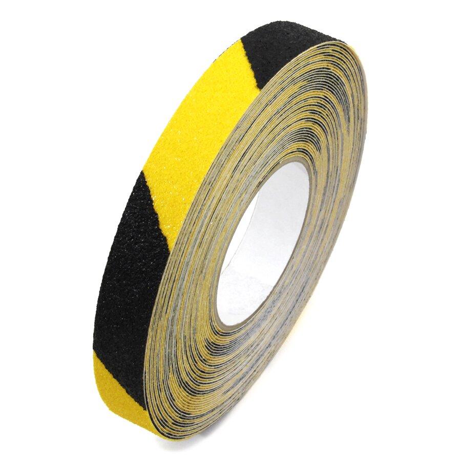 Černo-žlutá korundová protiskluzová protiskluzová páska FLOMA Super Hazard - délka 18,3 m, šířka 2,5 cm a tloušťka 1 mm