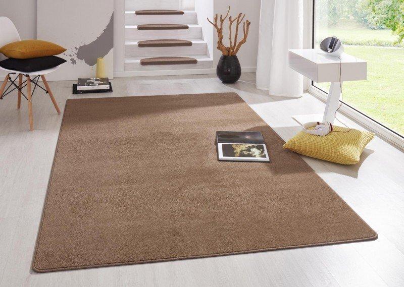 Hnědý kusový koberec Fancy