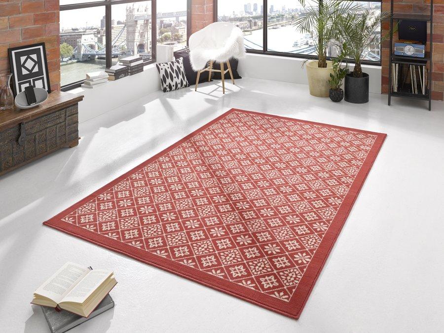 Červený kusový moderní koberec Gloria