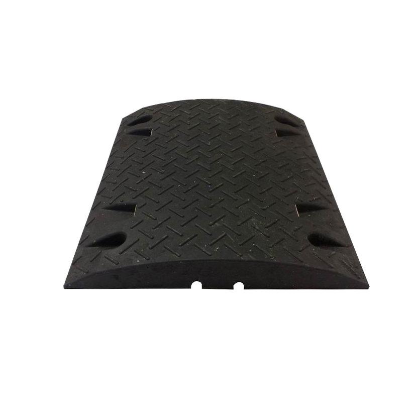 Černý plastový průběžný zpomalovací práh - 10 km / hod
