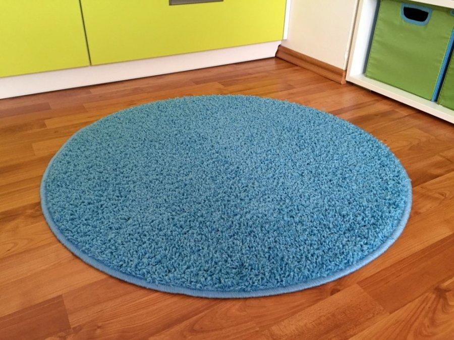 Modrý kusový kulatý koberec Shaggy
