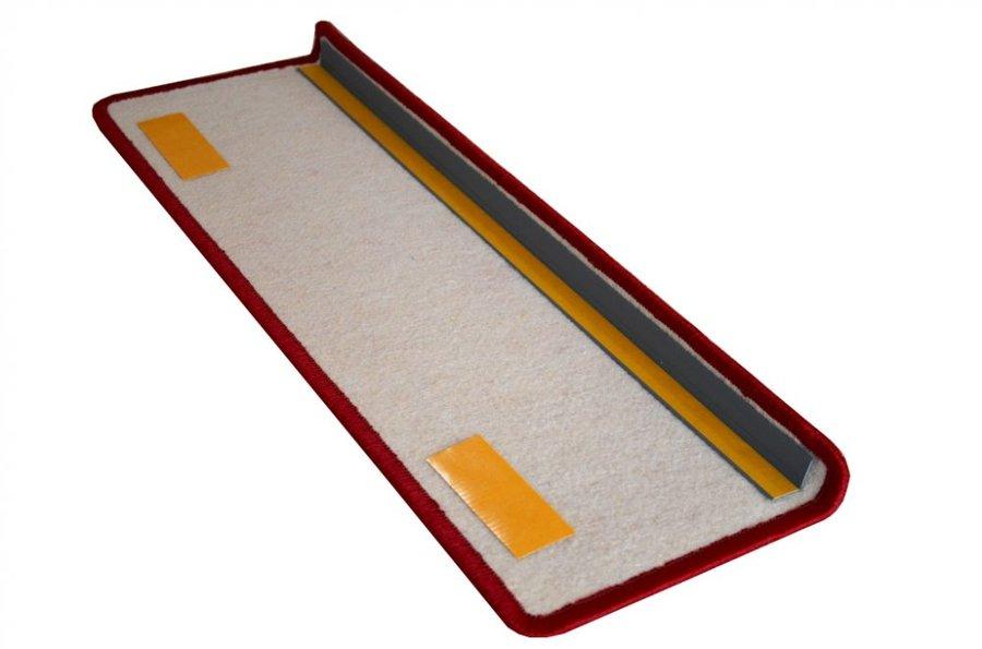 Vínový kobercový nášlap na schody Eton - délka 24 cm a šířka 65 cm