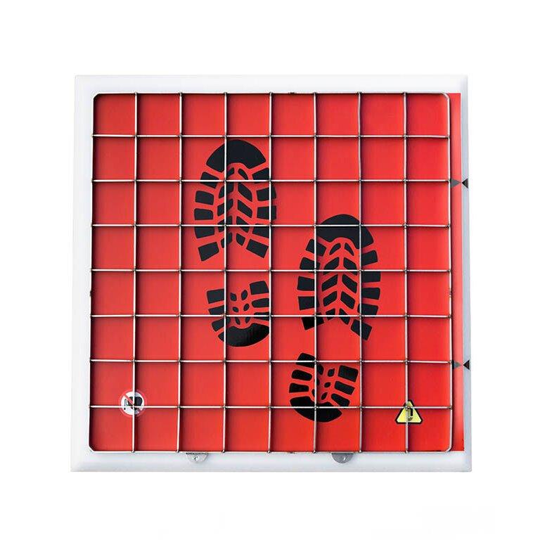 Plastová magnetická rohož s drapákem - výška 2,3 cm