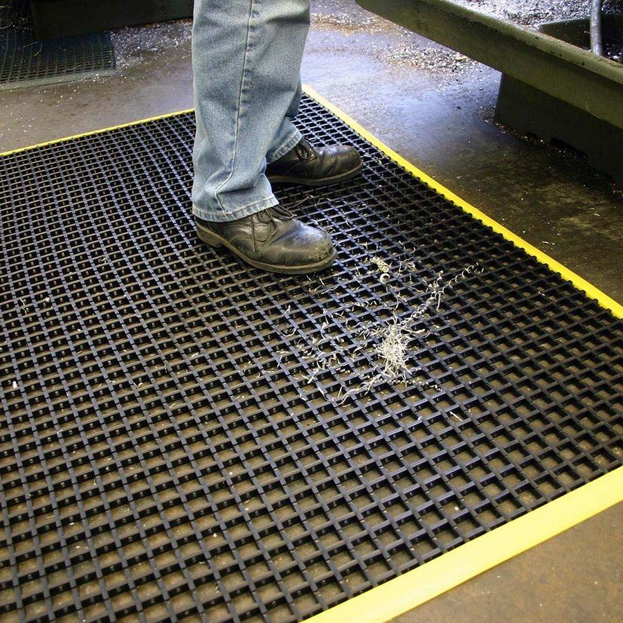 Černá univerzální průmyslová protiskluzová olejivzdorná rohož (mřížka 22 x 22 mm) - délka 180 cm, šířka 120 cm a výška 1,2 cm