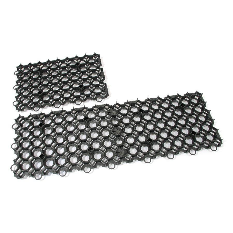 Černá plastová zatravňovací dlažba - délka 56 cm, šířka 38 cm a výška 5,4 cm