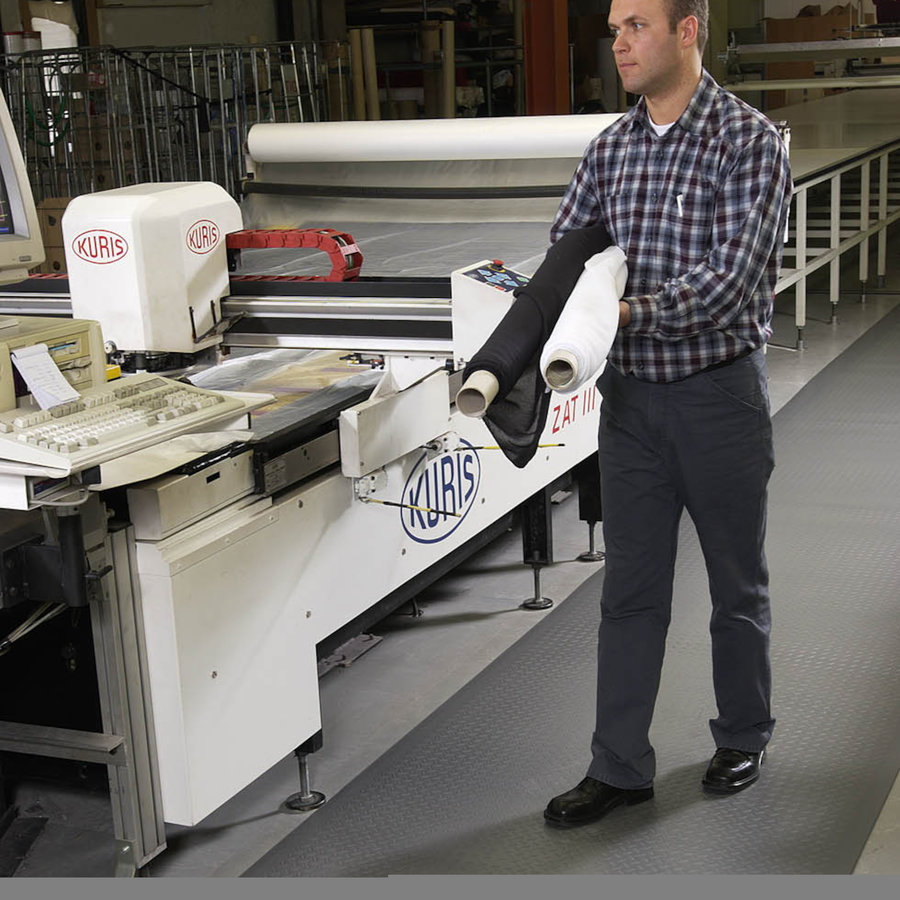 Šedá protiúnavová průmyslová rohož Sof-Tred - výška 0,94 cm
