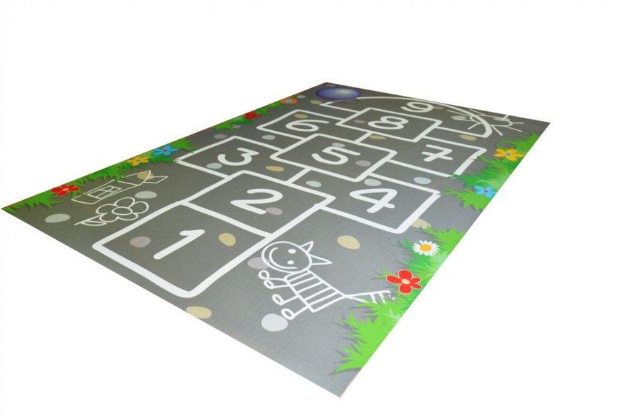 Šedý kusový hrací dětský koberec - délka 150 cm a šířka 100 cm