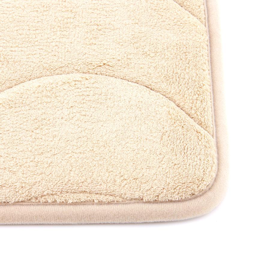 Béžová pěnová koupelnová předložka - délka 76 cm a šířka 50 cm