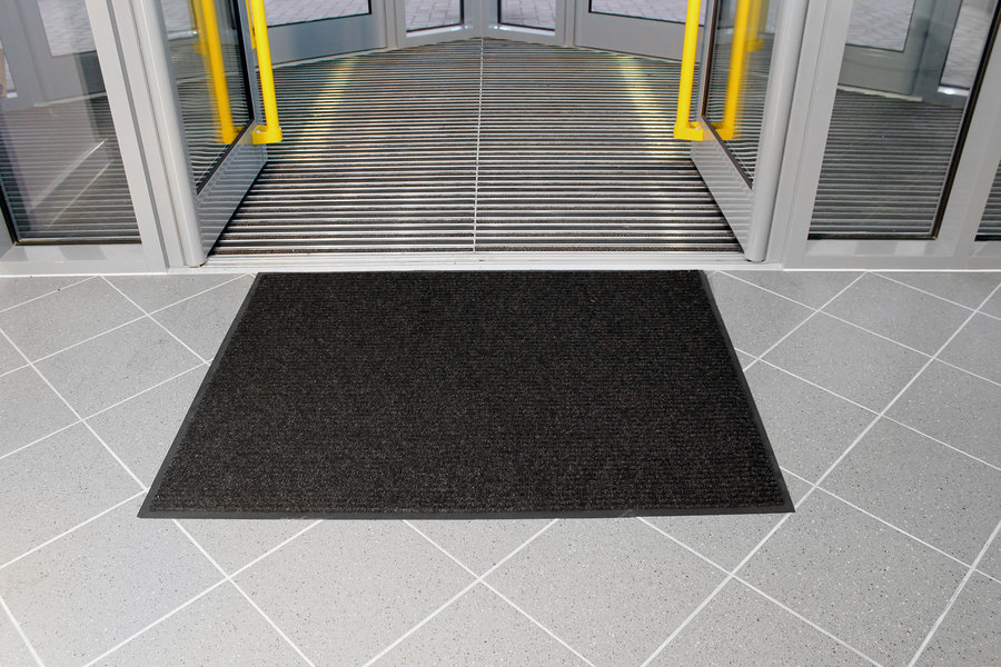 Černá textilní vstupní vnitřní čistící rohož - délka 90 cm, šířka 120 cm a výška 0,7 cm