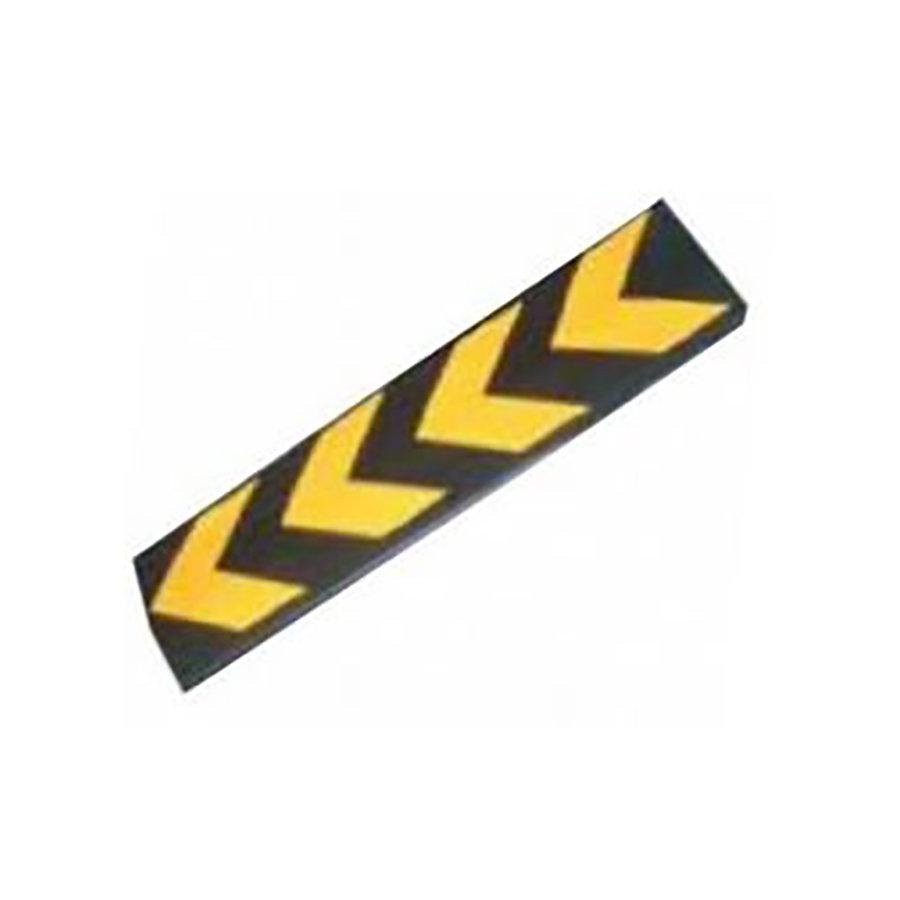 Černo-žlutý gumový reflexní ochranný pás - délka 80 cm, šířka 22 cm a tloušťka 1 cm