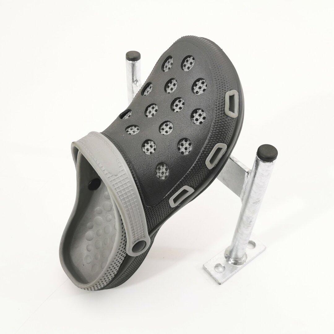 Kovový pozinkovaný čistič bot a podrážek obuvi FLOMA Shoe Scraper - šířka 24 cm a výška 18 cm