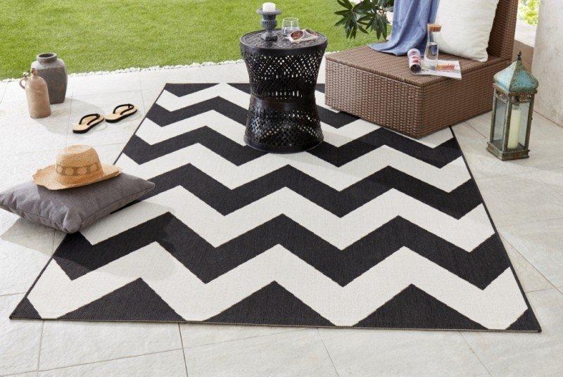 Různobarevný kusový moderní koberec Meadow