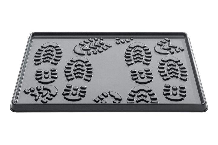 Černý plastový odkapávač na boty - délka 35 cm, šířka 49 cm a výška 2 cm