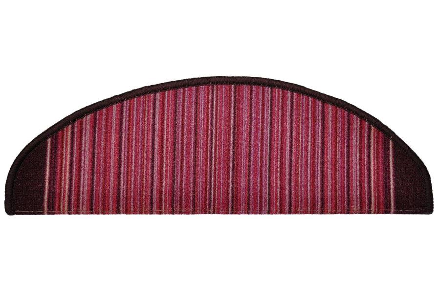 Fialový kobercový půlkruhový nášlap na schody Carnaby - délka 20 cm a šířka 65 cm