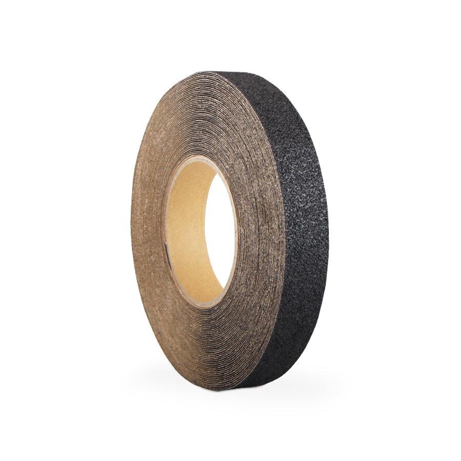 Černá korundová protiskluzová samolepící podlahová páska - délka 18,3 m a šířka 2,5 cm
