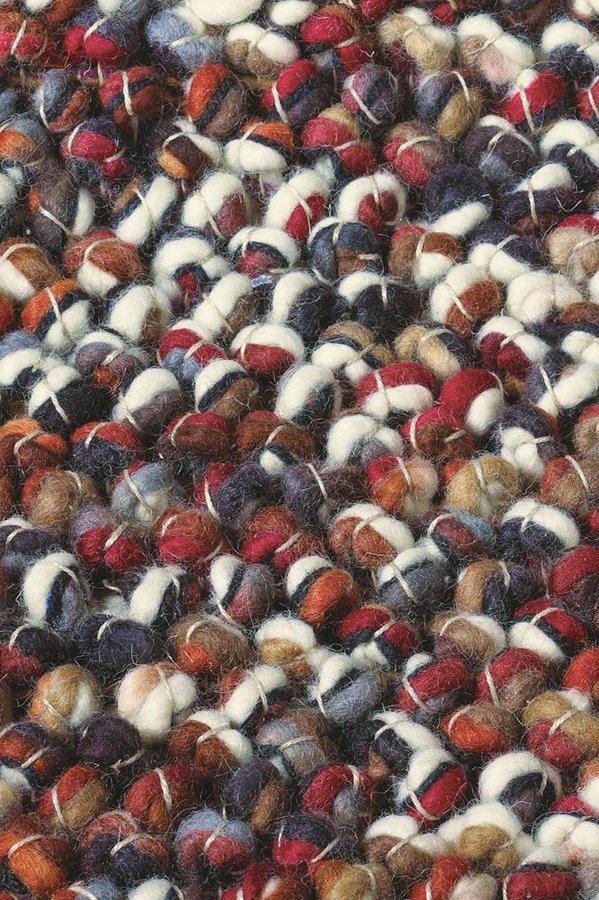 Červený kusový luxusní koberec Marble