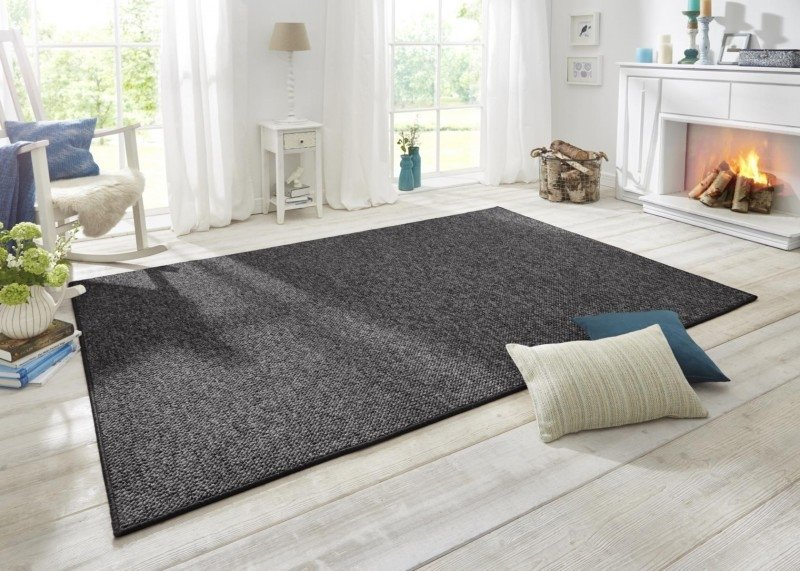 Černý kusový moderní koberec Wolly - délka 90 cm a šířka 60 cm