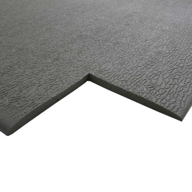 Černá gumová protiskluzová protiúnavová průmyslová rohož - délka 36,5 m, šířka 90 cm a výška 0,6 cm