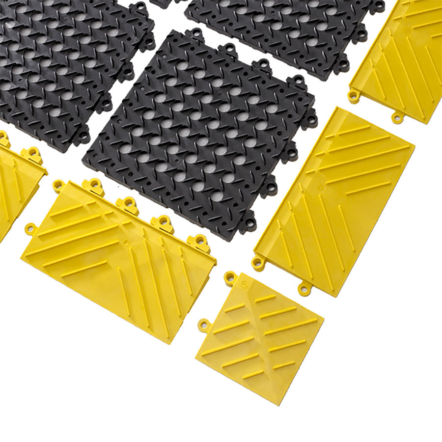 Černá plastová modulární děrovaná rohož (dlaždice) Diamond Flex Lok - délka 30 cm, šířka 30 cm a výška 2,5 cm