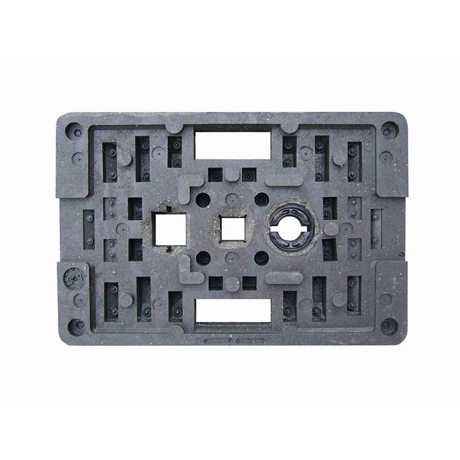 """Černý plastový podstavec """"CZ 2"""" pod dopravní značky - délka 59,5 cm, šířka 39,5 cm a výška 9 cm"""