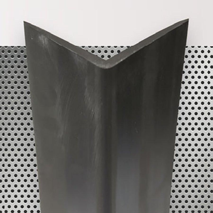 Pryžový roh na ochranu stěn - šířka 7,5 cm a tloušťka 0,8 cm